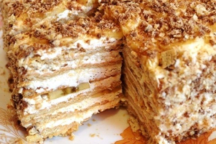 Prekvapte svojich hostí týmto chutným tvarohovým koláčom s banámi
