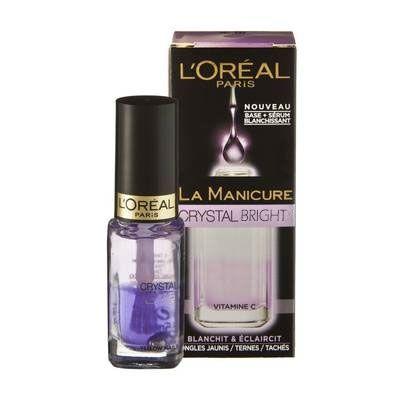Το L'Oreal La Manicure Crystal Bright είναι μία 2-σε -1 προστατευτική βάση, που δρα ενάντια στο κιτρίνισμα των νυχιών. Εμπλουτισμένη με βιταμίνη C, χάρη στο μωβ serum, φωτίζει τα νύχια και μειώνει το κίτρινο χρώμα, που προκαλείται από το βάψιμο τους. Ταυτόχρονα, η βάση του προστατεύει την επιφ