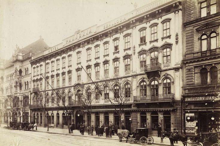 Rákóczi út 5., Pannónia szálló. A felvétel 1890 után készült. A kép forrását kérjük így adja meg: Fortepan / Budapest Főváros Levéltára. Levéltári jelzet: HU.BFL.XV.19.d.1.08.145