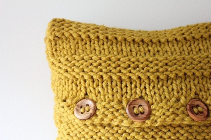 Knitting Pattern For Chunky Cushion Cover : Pdf knitting pattern - super chunky cushion covers
