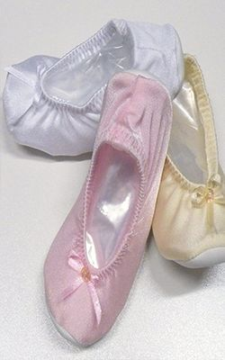 Girl Soft Soled Ballet Shoe  #girlshoes #partyshoes #dressshoes #flowergirl