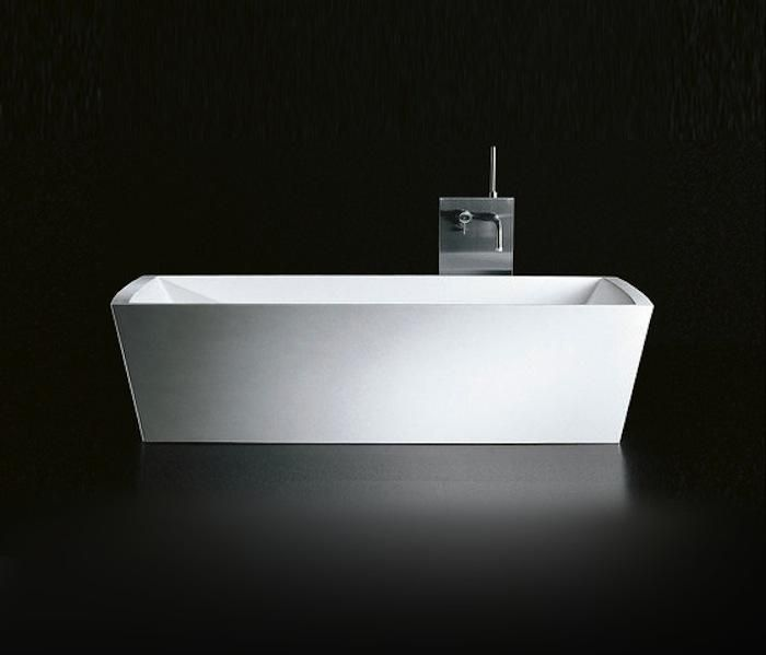 10 Easy Pieces: Modern Bathtubs Great Pictures