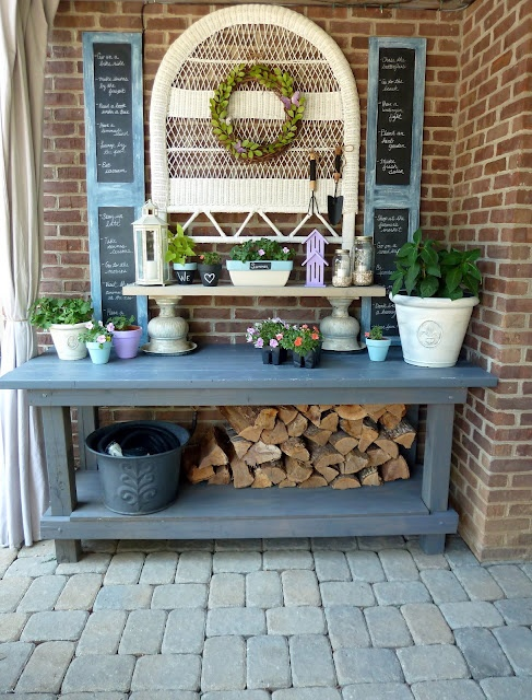 Great potting penchant with storage in slate blue