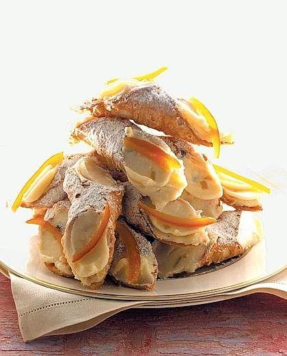 Sicilian cannoli