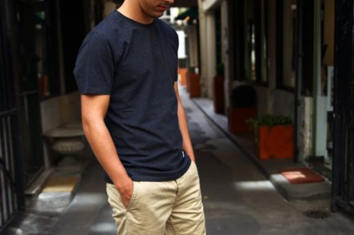chinos and tee, simple is best: Men S Style, Car Girls, Inspiration, Guy, Mens Fashion, Styles, Girl Style, Architecture