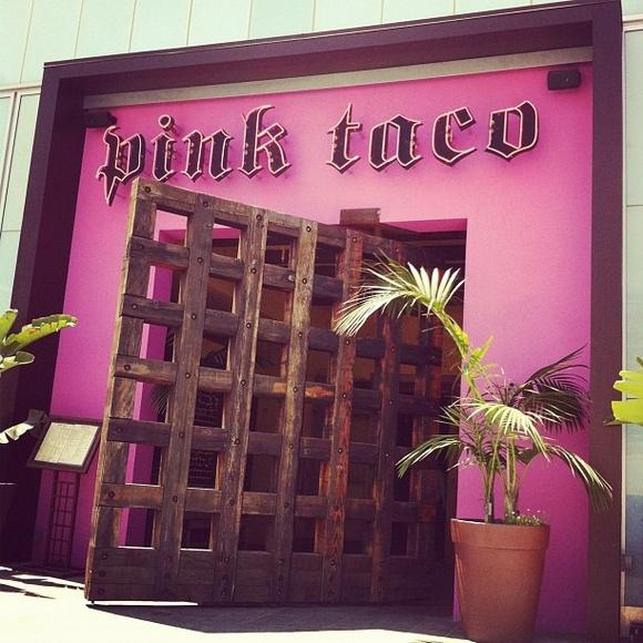 pink taco restaurant.