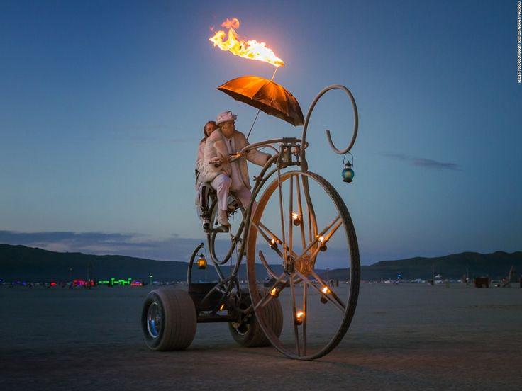❤ =^..^= ❤     Burning Man's Mutant Vehicles | The Dreamcycle by Randall Gates