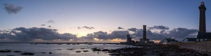 panoramiques | fin du jour sur le phare d'Eckmulh  - à Penmarc'h  © Paul Kerrien https://en-photo.fr Finistère Bretagne MyFinistere