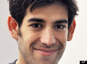 "VERY SAD......  Http://i.huffpost.com/gen/939505/thumbs/saaronswartzdeathlarge300.jpg had no victims.""  Since Swartz's suicide, a White House petition to remove Massachussetts U.S. Attorney Carmen Ortiz ""for overreach in the case of Aaron Swartz"" had gained more than 13,500 signatures. And MIT president Rafael Reif said Sunday that the university will begin an analysis of its involvement with the federal case against Swartz."