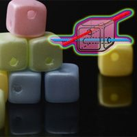 Crisscross Cubes (бусины-кубики с отверстиями крест-накрест) 4 х 4 мм