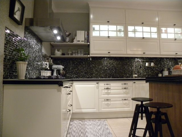 The Backsplash Is The Statement Piece Of The Room. It S Paired With A Light Colored photo - 4