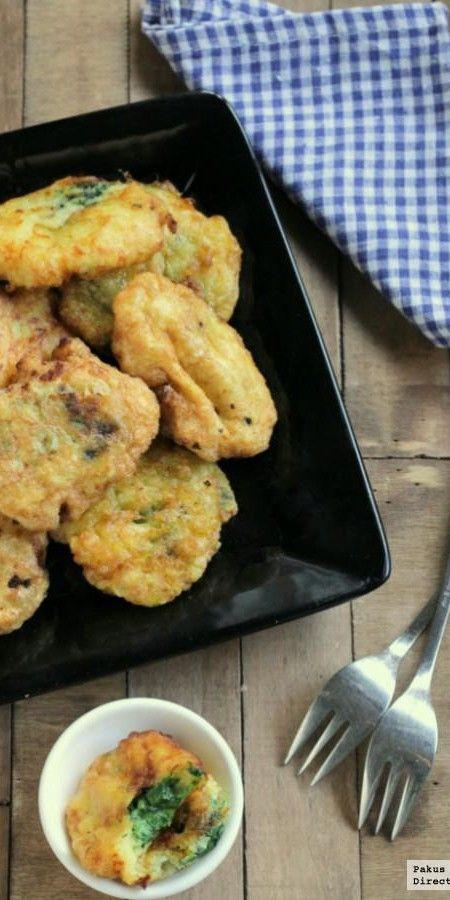 Buñuelos de puré de patata rellenos de espinacas. Receta de guarnición
