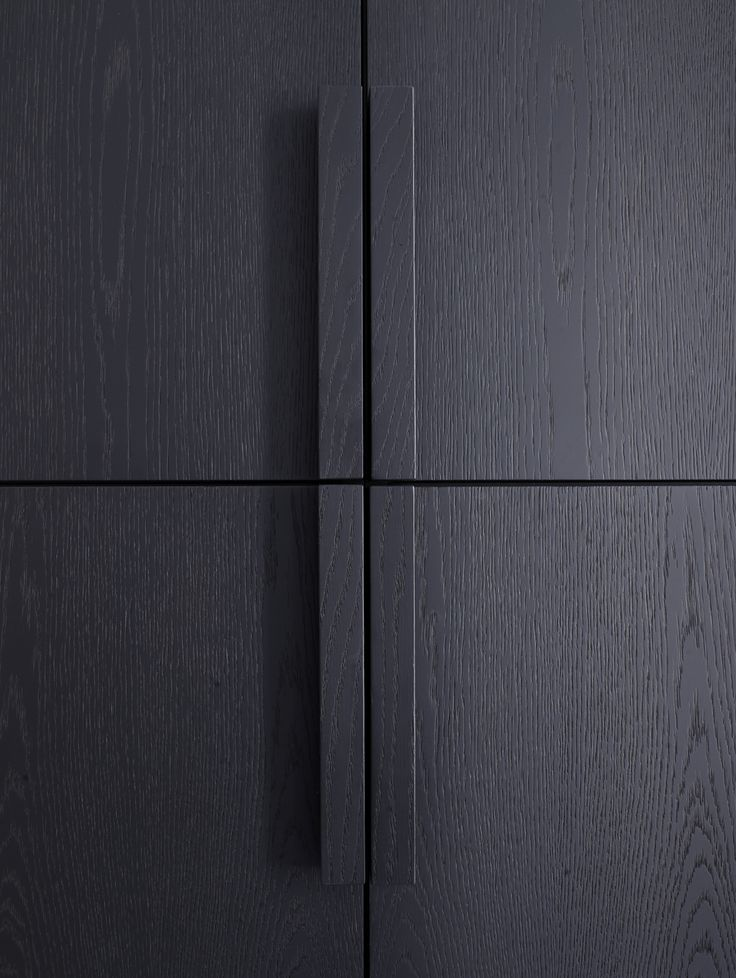 Piet Boon Styling by Karin Meyn | Black wooden cabinet detail.///////www.bedreakustik.dk/home Dedicated to deliver superior interior acoustic experince.#pinoftheday///////