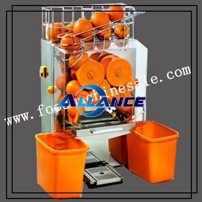 Automatic Orange Juicer Machine Orange juice machine is specially designed for squeezing oranges or citrus and offer people fresh citrus juice. More details: http://foodmachinesale.com/product/Fruit_Processing_Machine/orange-juicer.html Email: info@foodmachinesale.com