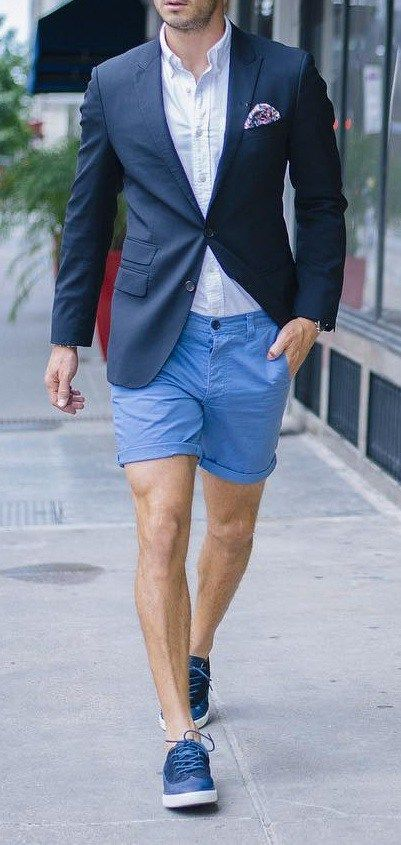 Classy Look with Chinos - https://www.luxury.guugles.com/classy-look-with-chinos/