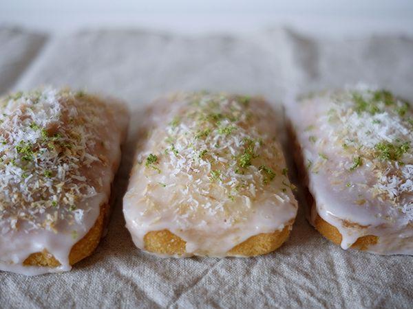 Coconut lime mini plumcakes