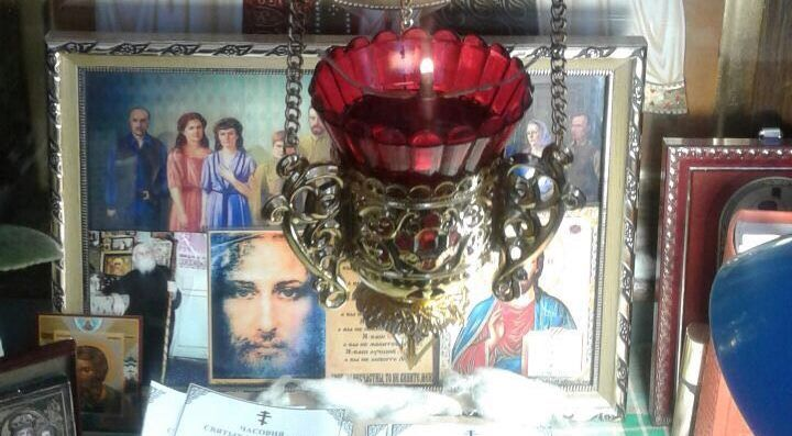 m.tsargrad.tv articles mirotochit-ne-tolko-bjust-nikolaja-ii-svidetel-chuda_51885?utm_source=telegram.me&utm_medium=social&utm_campaign=starosta-chasovni-svyatyh-tsarstvennyh-stra