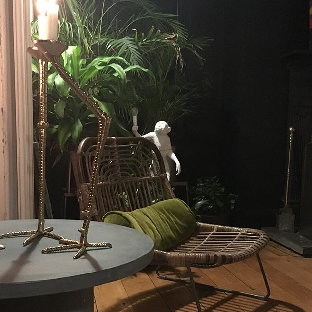Evening home preparing props for tomorrow's shot. Here #concrete table and bird legged candle sticks together with #rattan chair and #monkey light. My home jungle!:) #interiors #instainteriors #interiores #livingroom #interiordecorating #interiordesign #i