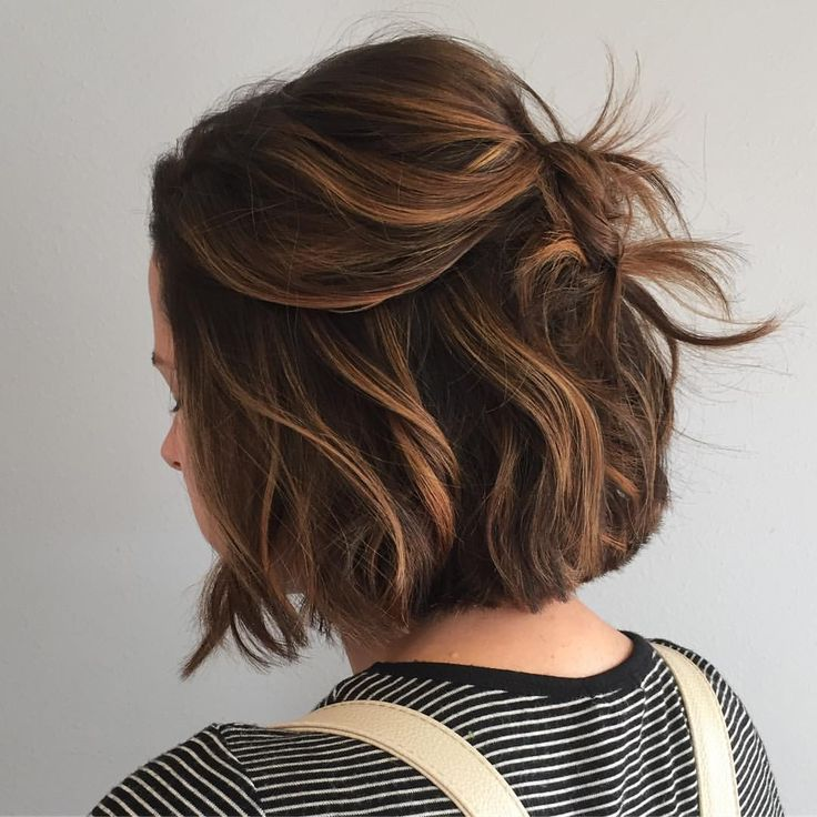 """201 Likes, 8 Comments - La Jolla  Hair Stylist (@the.blonde.chronicles) on Instagram: """"Cute lil chin length cut and caramel pieces? Ummmmm, yes! …"""""""
