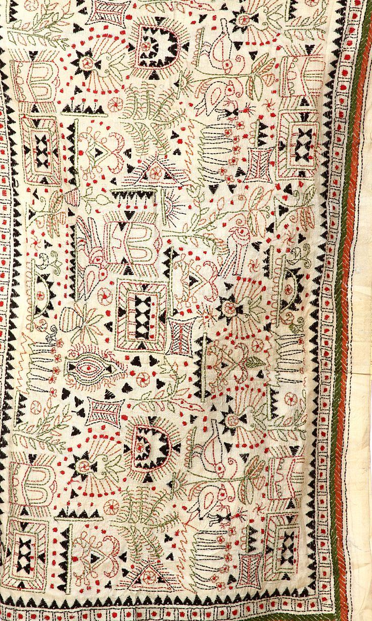 Beige Kantha Scarf With Hand Embroidered Warli Motifs