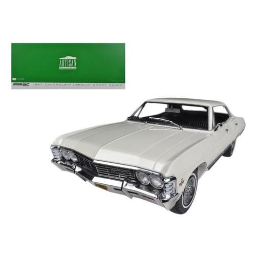 1967 Chevrolet Impala Sport Sedan 4 Doors Ermine White 1/18 Diecast Model Car by Greenlight