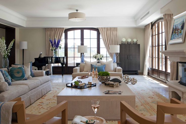 Villa in the South of France – classically Mediterranean chic, fantastic light quality, pastel tones and soft linens - living space interiors ©Taylor Howes Designs