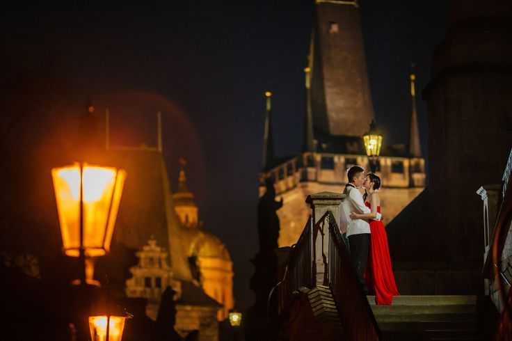 Suki & Steven's Prague Pre Wedding Portraits