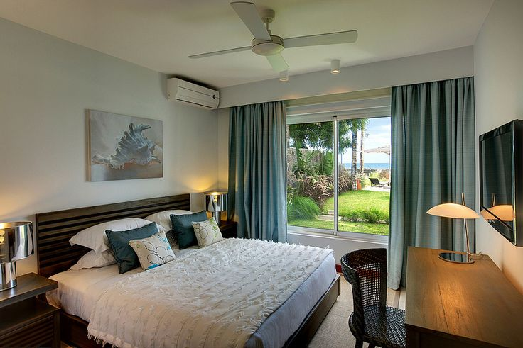 The units are roomy and feature 3 bedrooms and 2 bathrooms, all with modern and high standard furniture.  The large beds covered with high quality cotton  bed-sheets will provide you the long-awaited relaxation.