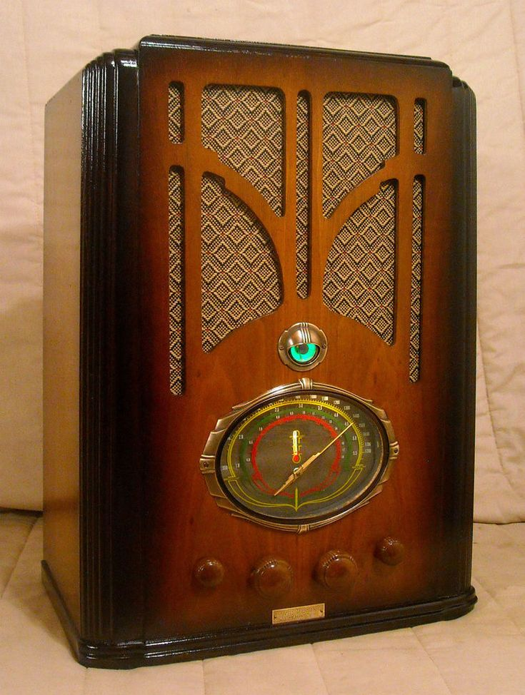 Old Antique Wood Silver Marshall Vintage Tube Radio - Restored Working Tombstone #SilverMarshall