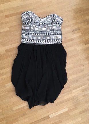 Kaufe meinen Artikel bei #Kleiderkreisel http://www.kleiderkreisel.de/damenmode/kurze-kleider/138676423-lipsy-tulpenkleid-mit-strassverziertem-oberteil