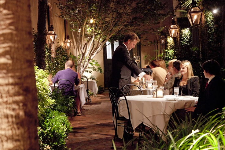A #romantic #anniversary evening spent in the private courtyard at Peninsula Grill in #Charleston.