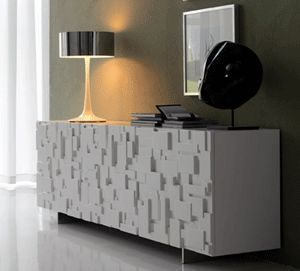 The geometrically structured surface, brings a very nice, playful feature to this lovely piece.