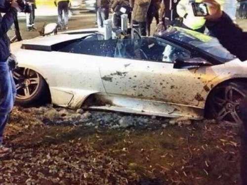 Очередной Lamborghini разбили о дерево. Суперкары и скользкие дороги часто являются смертельной комбинацией. Да чего уж скрывать, что мощные автомобили небезопасны для многих водителей даже на сухой ровной дороге, так как управлять ими еще нужно уметь. К счастью, в ав
