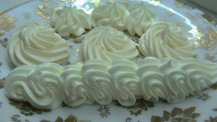 Масляный крем на сгущённом молоке для наполнения и украшения.