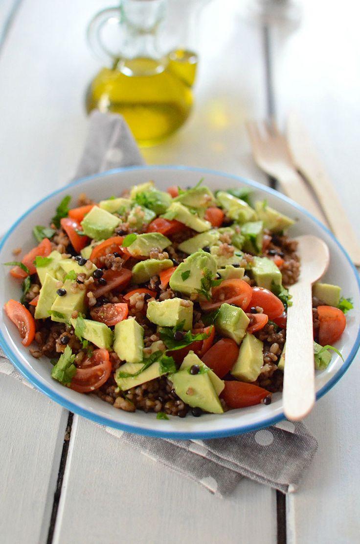 Salade de quinoa, lentilles et avocat huile d'olive fruitée #recette #salade