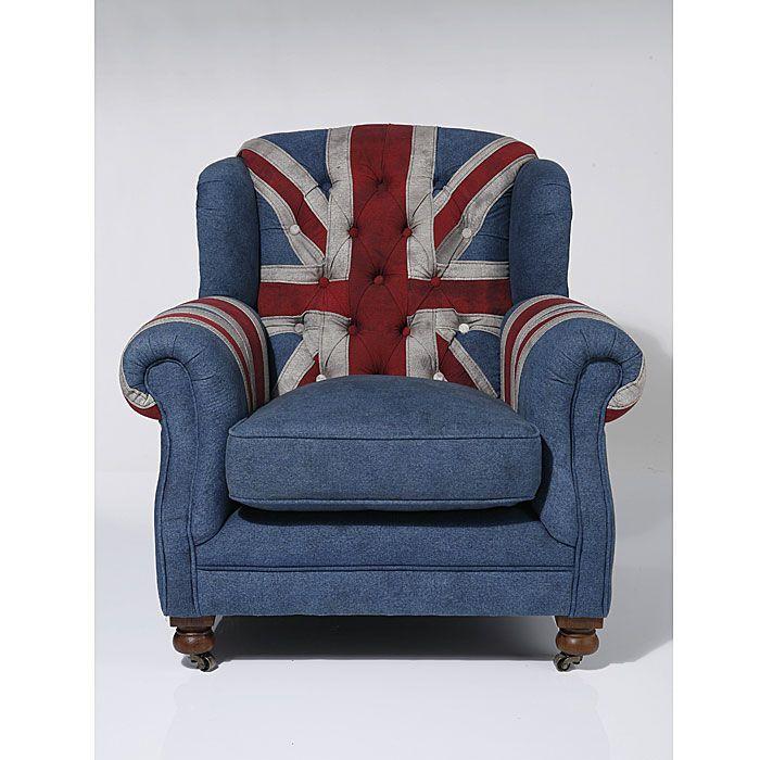 Fauteuil Jack Union is een luxe stoel bekleedt met spijkerstof en komt uit de collectie van Kare Design. Deze stoel is nu verkrijgbaar bij Furnies.nl!
