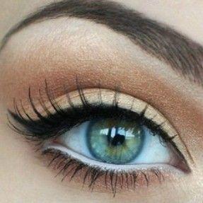 Les Loges du Regard, épilation des sourcils, micro-pigmentation, recourbe cils, extension de cils. Spécialiste du regard à Reims