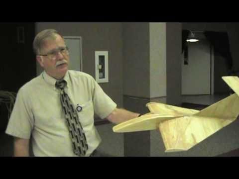 Delta 2 Lippisch-type ground effect glider - YouTube