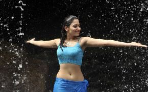 Download Latest Tamanna Bhatia Looking Gorgeous HD Desktop & Widescreen Wallpapers