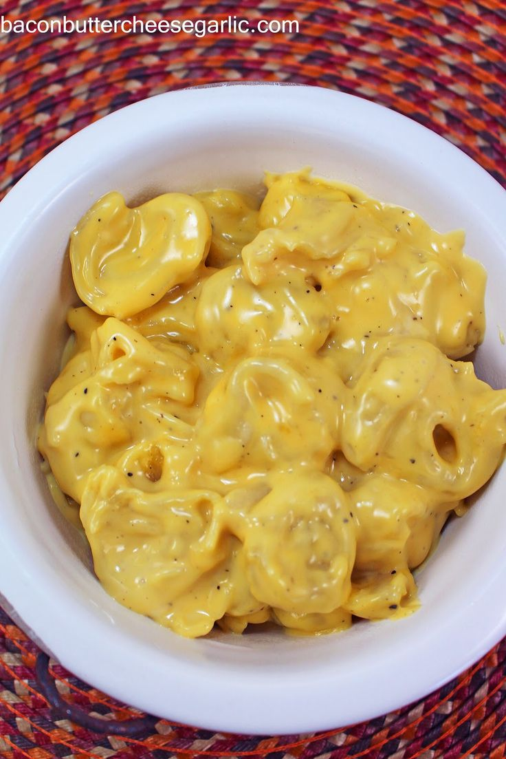 Bacon, Butter, Cheese & Garlic: Tortellini Mac & Cheese...cheese-filled tortellini instead of pasta!