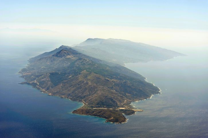 Here are some very good reasons why you should travel to Ikaria Island, Greece!