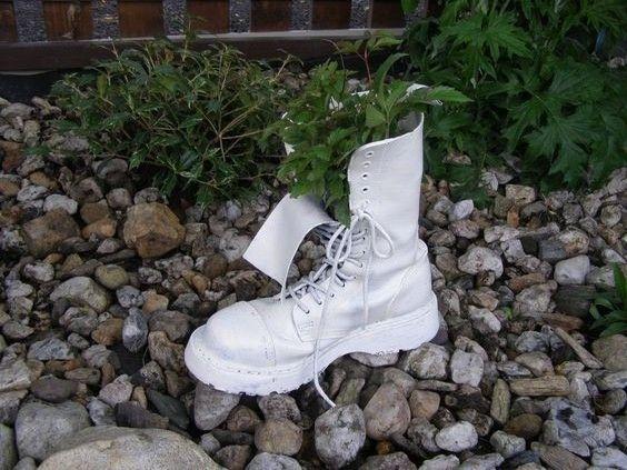 květináč z Věrky boty