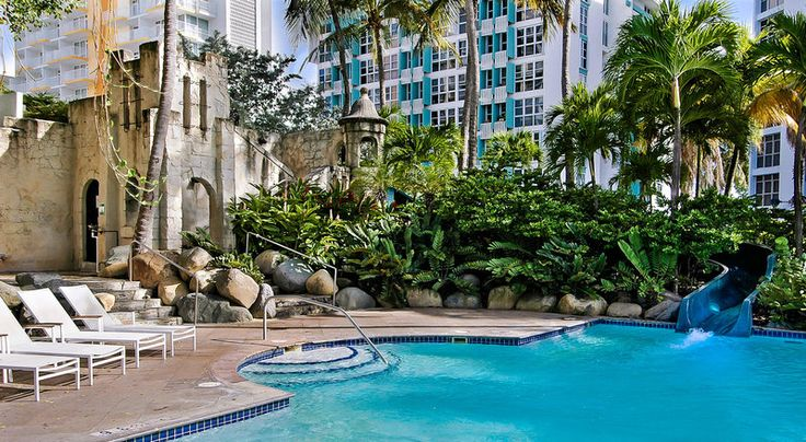 Pool at The Condado Plaza Hilton in Puerto Rico #travel