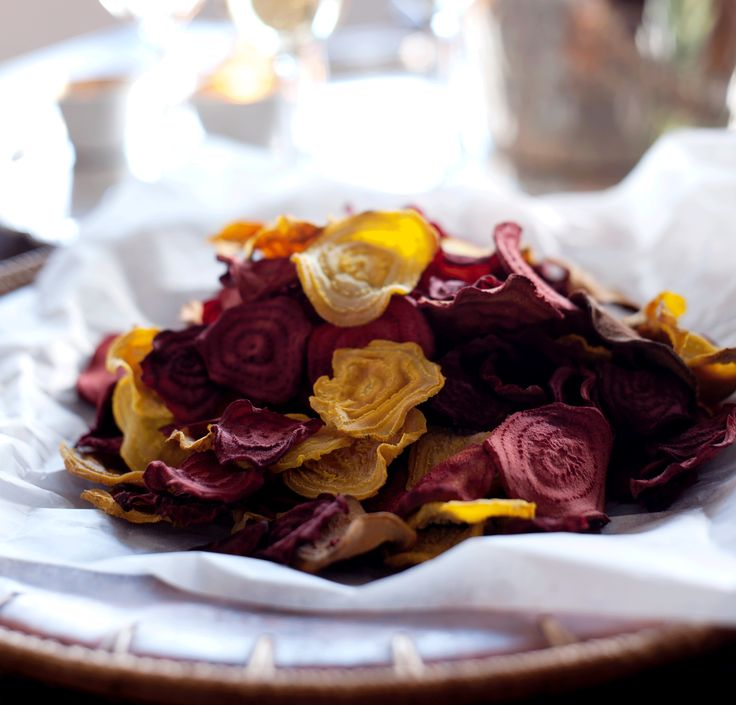 Delciously addictive homemade chips made with colourful beetroots. By Food Ceator and Stylist Emmanuella Sjögren, for the Swedish magazine, Matmagasinet.