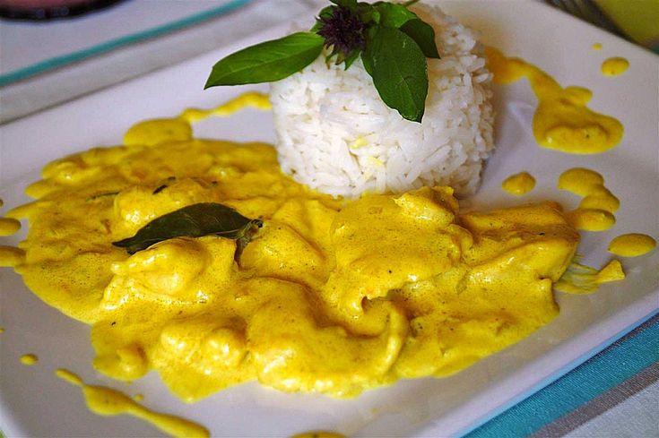 Hähnchencurry indisch in Kokosnussmilch, ein sehr leckeres Rezept aus der Kategorie Kochen. Bewertungen: 571. Durchschnitt: Ø 4,6.