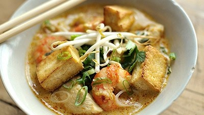 Rick Stein's Kuala Lumpur Chicken and Prawn Curry Laksa