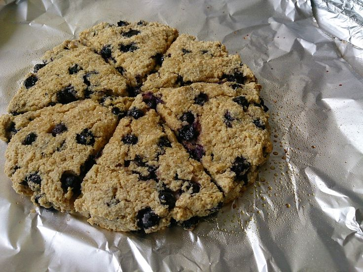 Blueberry scones Simply Filling Makes 6 Simply Filling     1 1/4c oatmeal put into blender to make oat flour   1 1/2 tsp baking powder ...