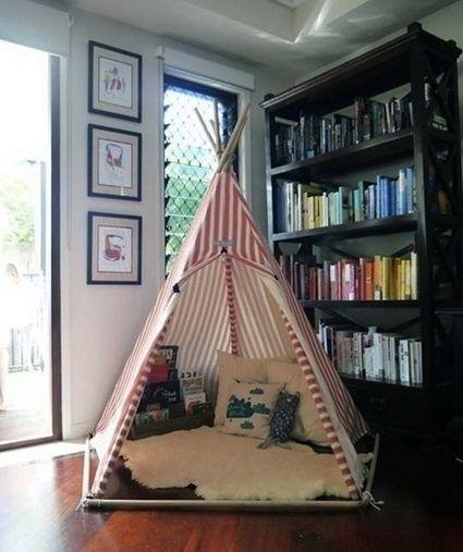 """Rincones de lectura para niños.El hecho de sentirse """"ocultos"""" o fuera del resto de la casa es algo que a los niños les encanta! En la siguiente foto vemos un rincón de lectura de dos pisos, ideal para habitaciones compartidas!"""