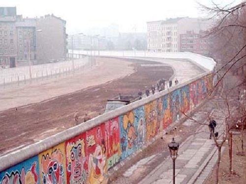 1980's Berlin wall street art.