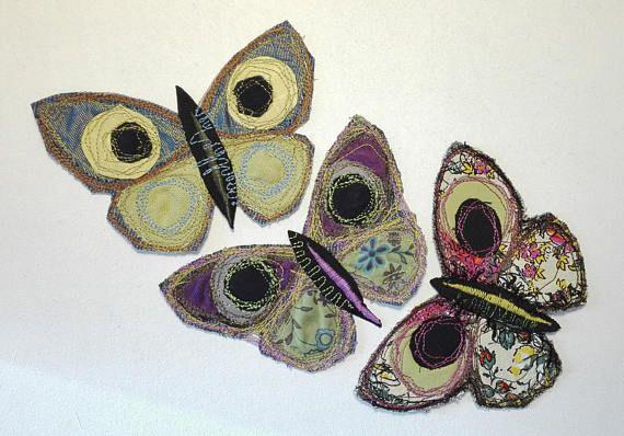 Guarda questo articolo nel mio negozio Etsy https://www.etsy.com/it/listing/538811090/farfalle-di-stoffapatches-per-jeansboho